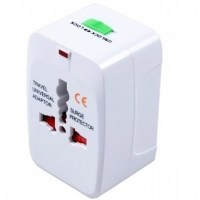 All-In-One-International-Plug-Adaptor-and-surge-Protector-3151016_7
